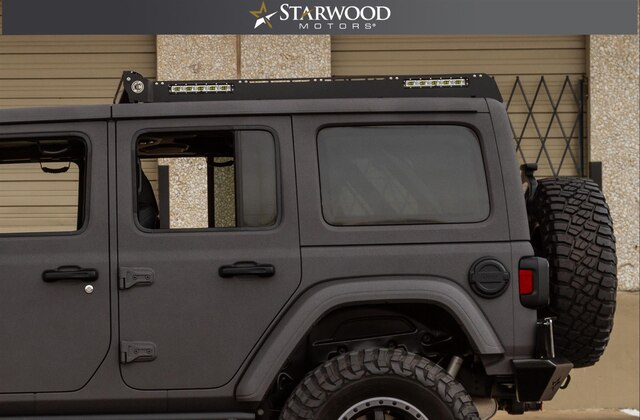 Pre-Owned 2018 Jeep Wrangler Unlimited 35