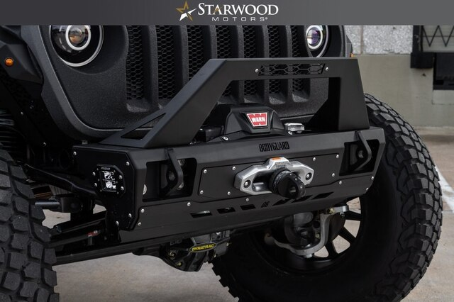 Pre-Owned 2018 Jeep Wrangler Unlimited JL BANDIT-6.4L HEMI DYNATRAC AXLES LONG ARM