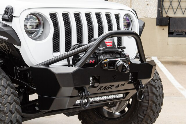 Pre-Owned 2018 Jeep Wrangler Unlimited ROAD ARMOR Sahara JL