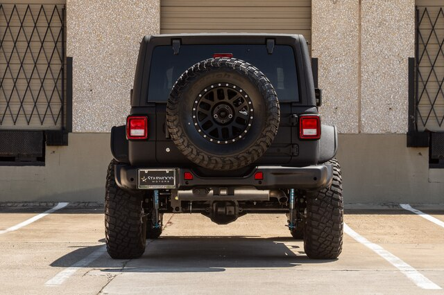 Pre-Owned 2019 Jeep Wrangler Unlimited RUBICON JL King Shocks 8.4